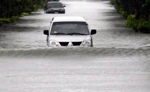 strada-allagata-alluvione