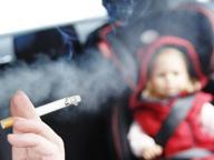 fumare-auto-minori-fumo-sigaretta